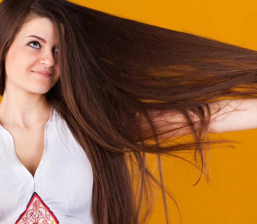 Biotin: Wichtig für Haut und Haare