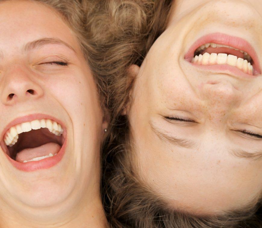 Lachen bewegt unseren Körper
